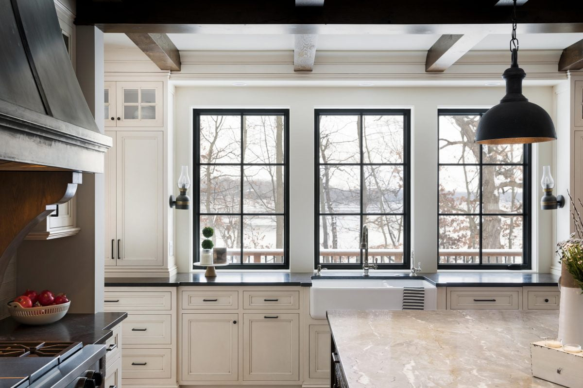 Stonewood Design Trend – Black Windows